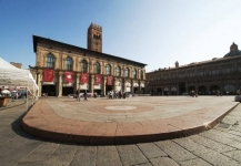 http://www.olaszorszaginyaralas.com/files/image/bologna55.jpg